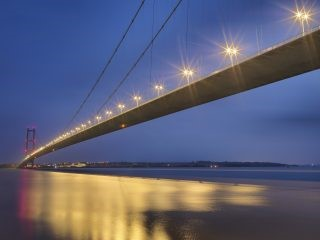 Humber Bridge Photo in dark with lights